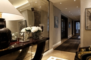 Casa Forma Luxury Interior Design Console Table & Hallway Mirror