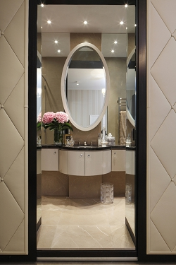 Casa Forma Luxury Interior Design On Suite Bathroom