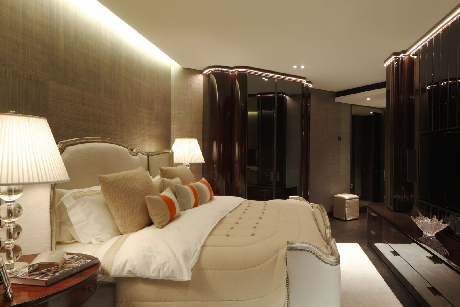 bedroom, Practical Interior Design and Decorating Ideas for Bedroom