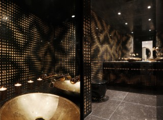 casa forma canary wharf powder room luxury 2 marble cladding lithos design