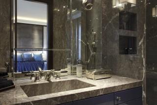 casa forma kensington residence master ensuite bathroom