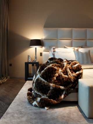 casa forma kensington place luxury bedroom throw